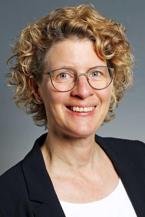 Ihre Ansprechpartnerin im Bistum Aachen: Sabine Kock